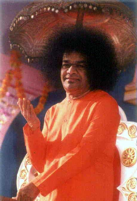 Sathya Sai Baba - standing, blessing